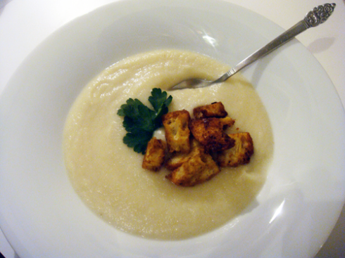 cauliflowerceleryrootsoup