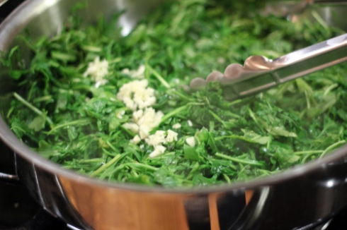 Arugula and garlic saute